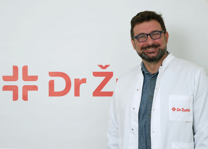 Dr Vidaković Milan